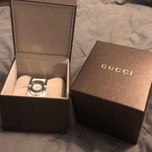 Gucci twirl white canvas watch